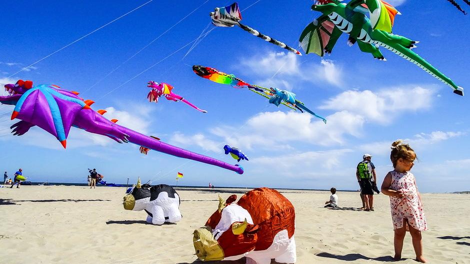 zon windje vrolijke vliegershow