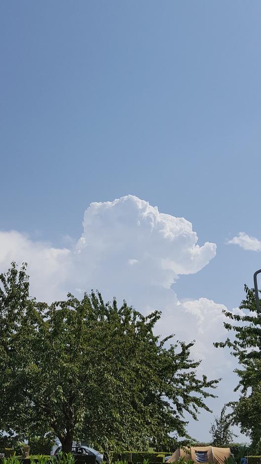 Onweer wolken