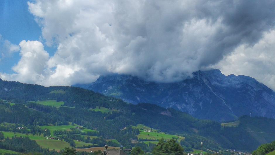 Wolken boven de Alpen in Oostenrijk