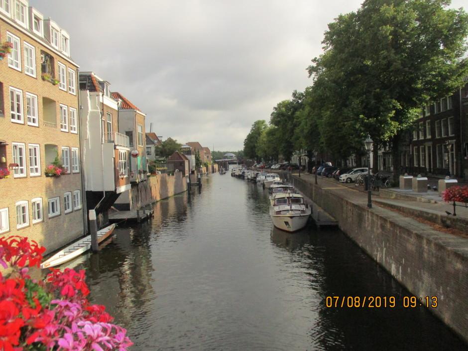 De Lingenhaven vanuit de binnenstad