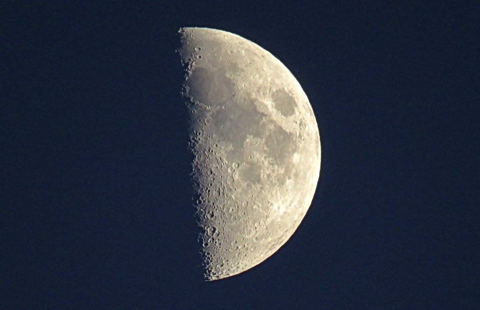 Maan in eerste kwartier