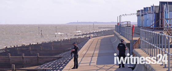 Armed Police at The Dip :(