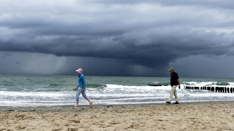 hagelbui en onweersbui