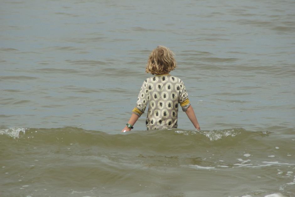 Het zeewater is lekker warm