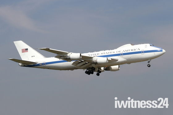 E-4 'Nightwatch' command post into Mildenhall.