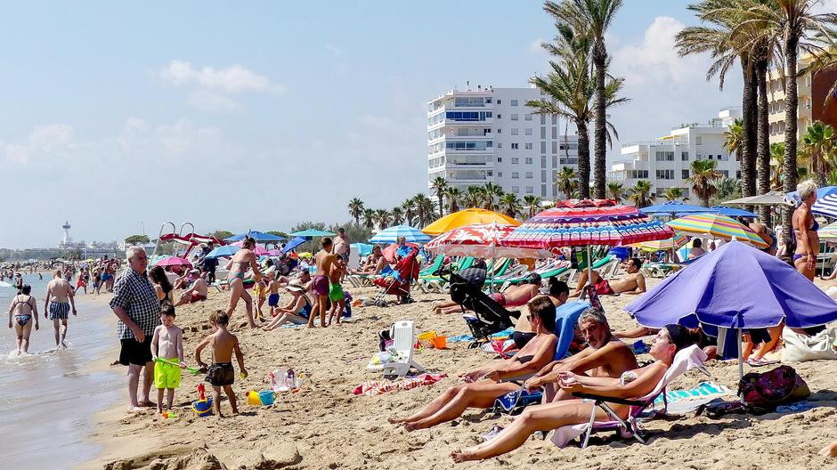 zonnig strandweer