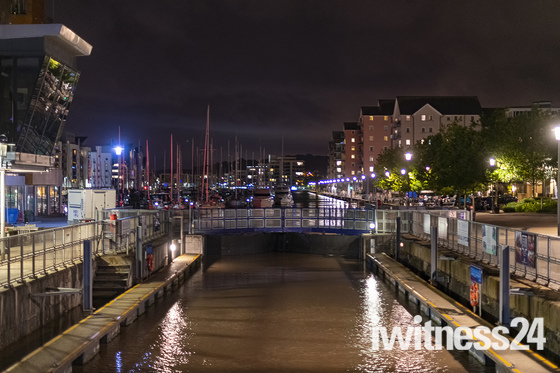 Portishead marina at night