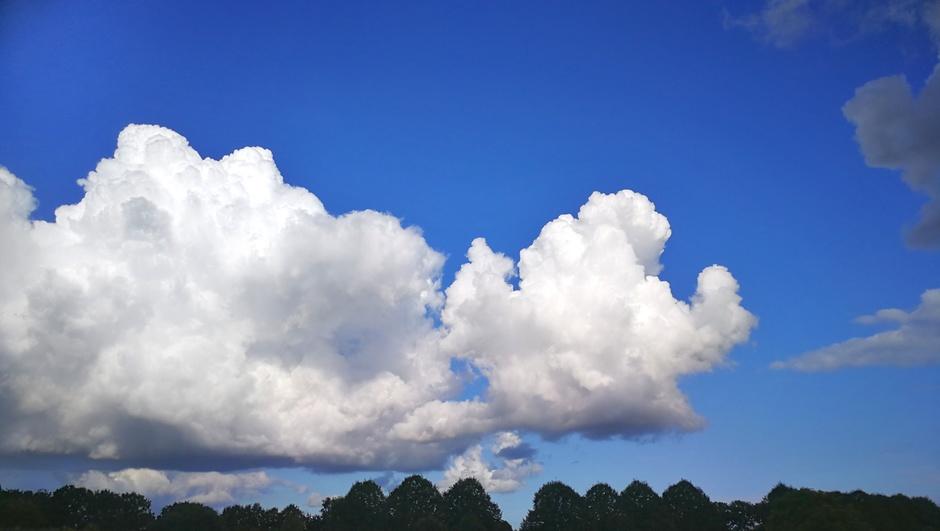 Mooie stapelwolken vandaag