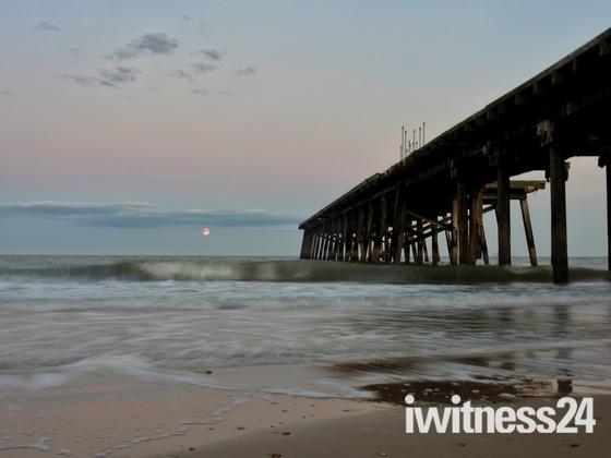 Moonrise Lowestoft Beach