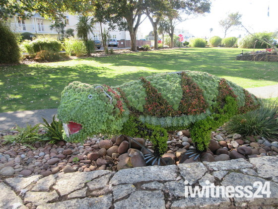 Sidmouth Triangle's topiary dinosaur