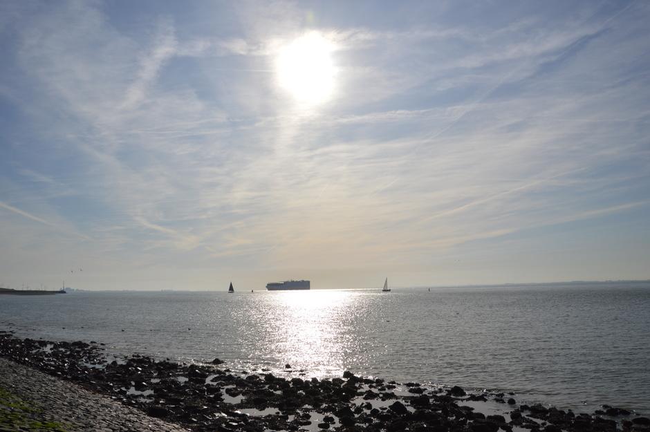 zon op zee