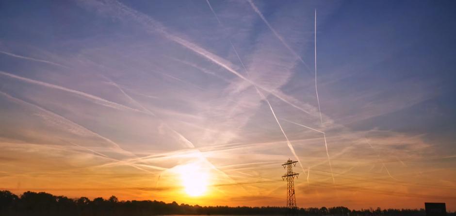 Druk in de lucht bij zonsopkomst