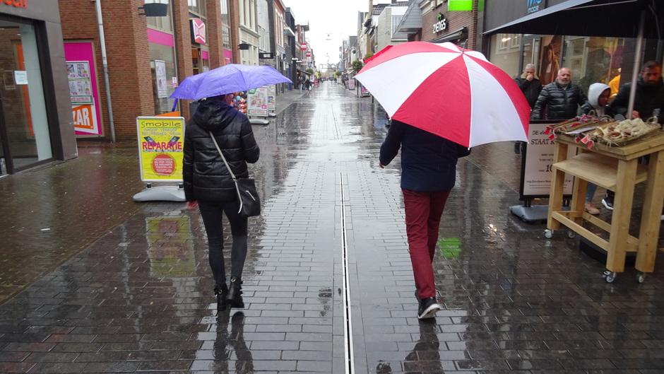 De paraplu was geen overbodige luxe vandaag