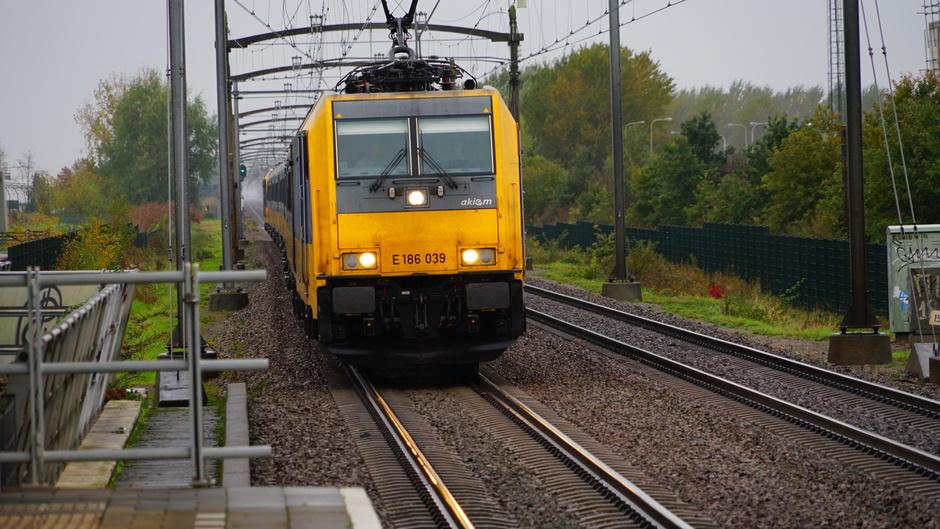 Grijs treinweer