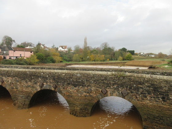 A walk along Topsham bridge over the River Clyst