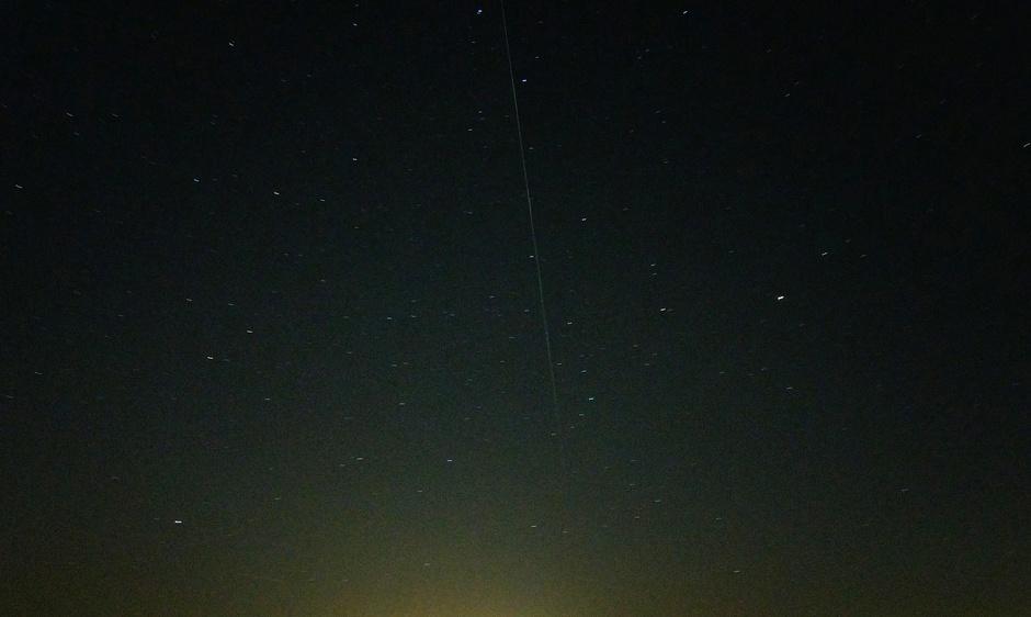 Overgang van de starlink satelieten