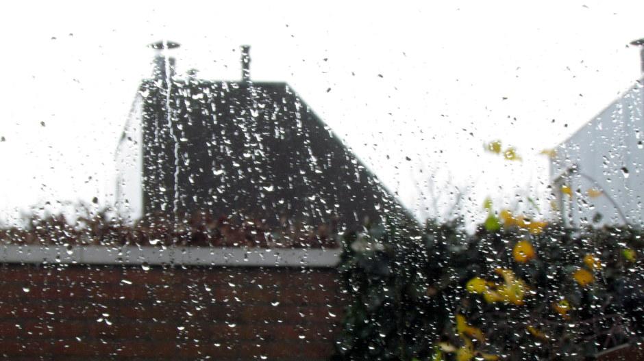 Fikse regenbui na de mooie wolken.