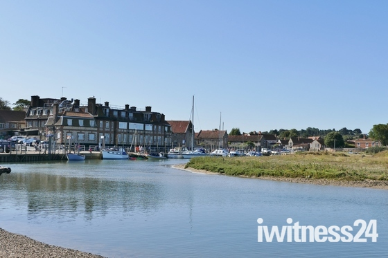 BLAKENEY HIGH TIDE REFLECTIONS