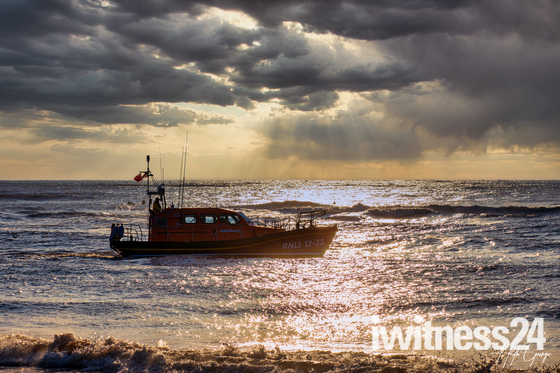 Exmouth RNLI Life Boat off on Excercise