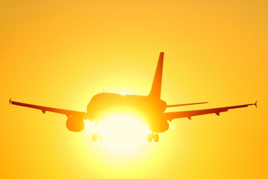 20191230 Wizzair Airbus tijdens de landing op EIndhoven Airport