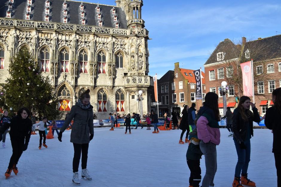 Schaatsen op het plein