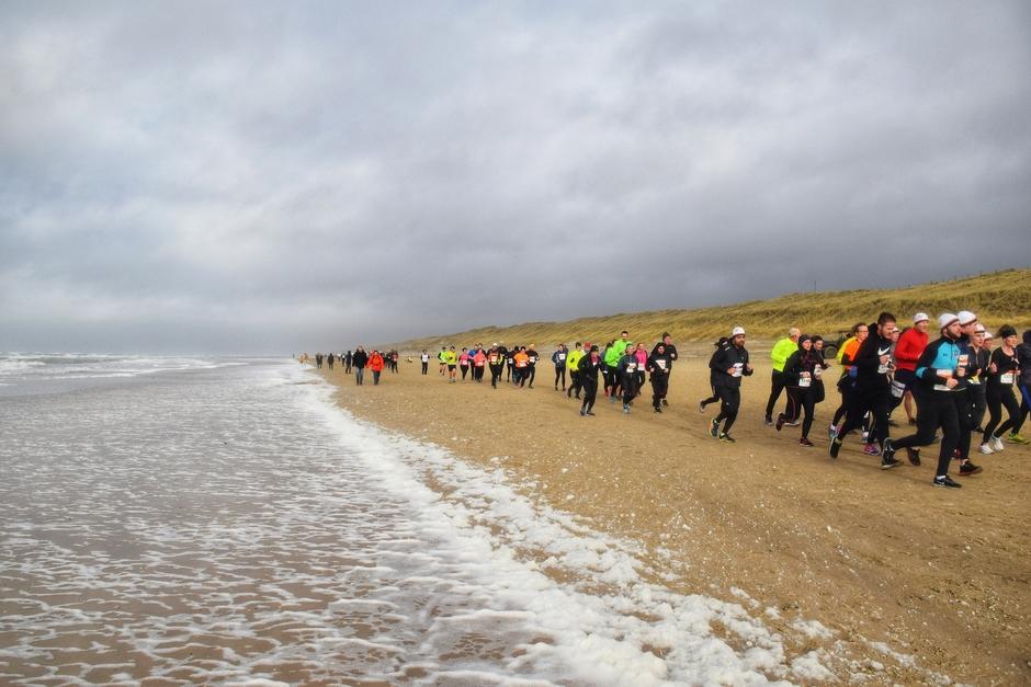 Harde wind, grauw en zware halve marathon