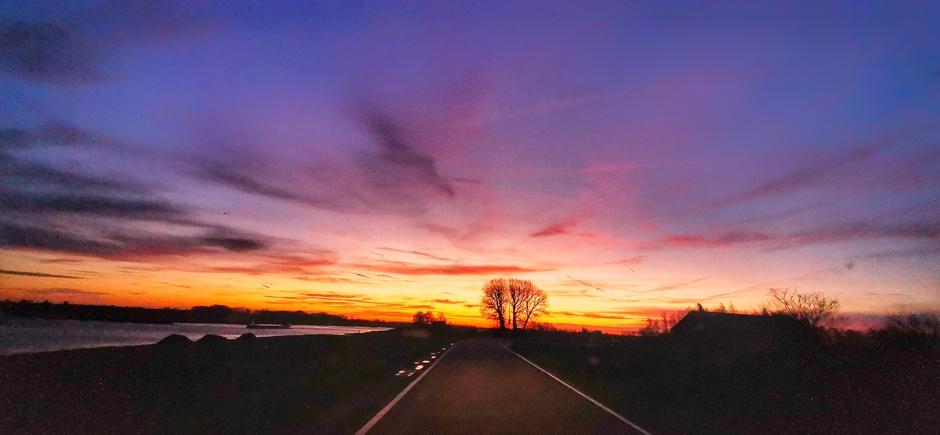 Kleurrijk bij zonsopkomst