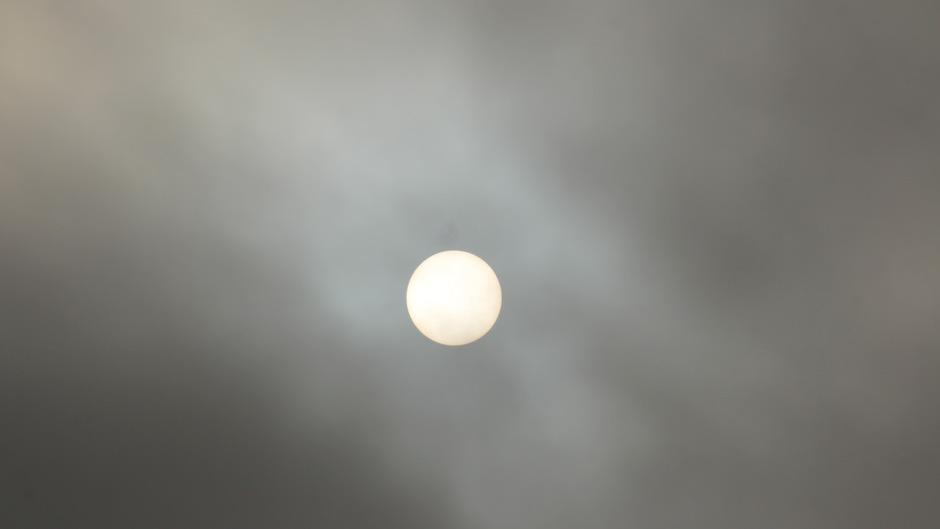 Moeizaam laat het zonnetje zich zien