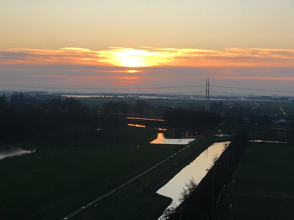 Zonsondergang Delft 17.25