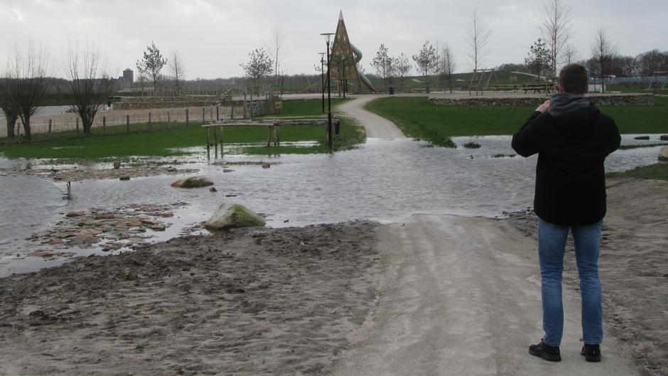 Cresent Park in Harderwijk niet bestand tegen storm CIARA.