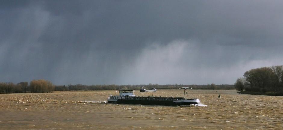 Kans op neerslag en grijs vandaag (foto van maandag)