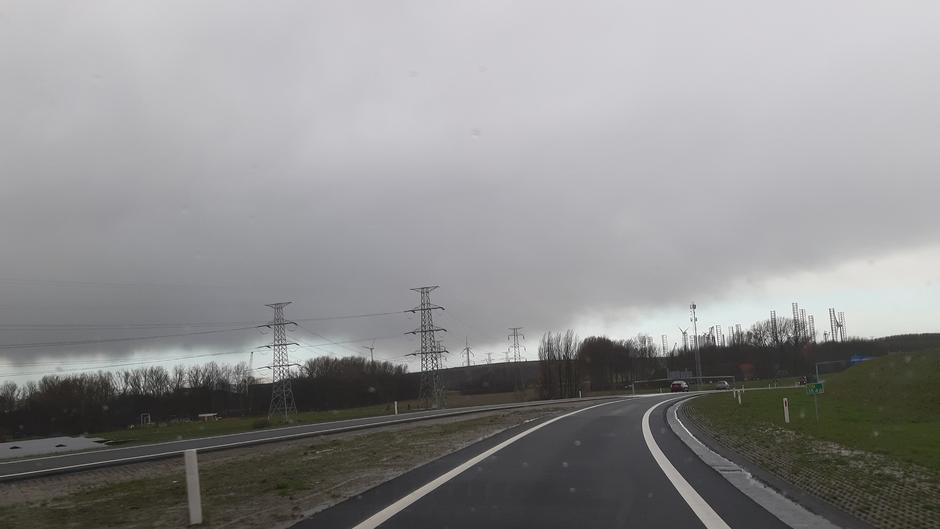 Bewolkt en regen