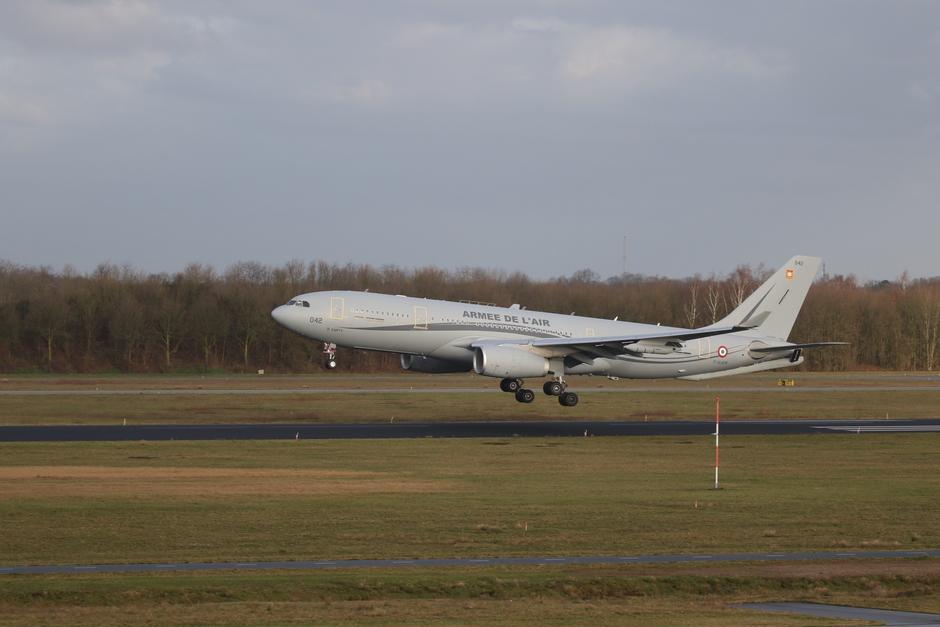20200219 Eerste bezoek van een Franse Luchtmacht A330 MRTT op vlb Eindhoven, over een paar maanden zal de Nederlandse A330 MRTT hier arriveren