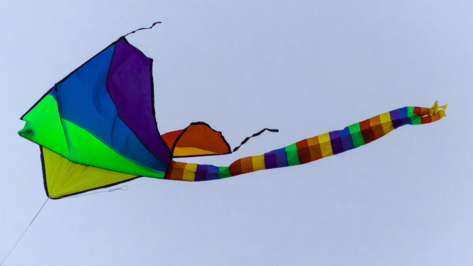 TIME TO FLY A KITE