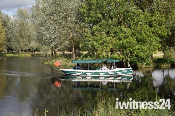River Stour Trust  boat ,Flatford Autumn `19