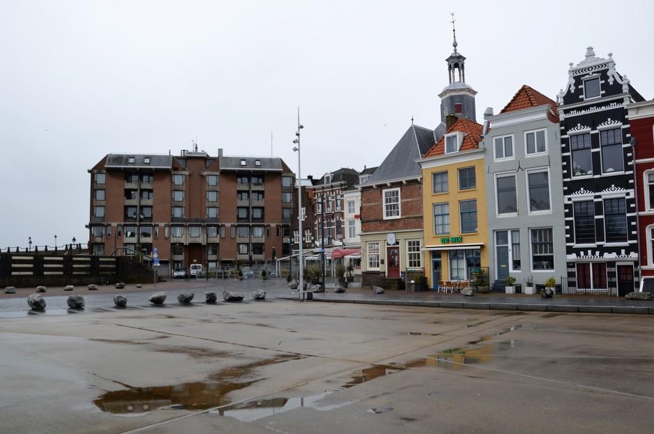 Een nat plein
