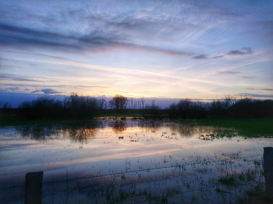 Zonsondergang bij de Zunasche heide bij Nijverdal