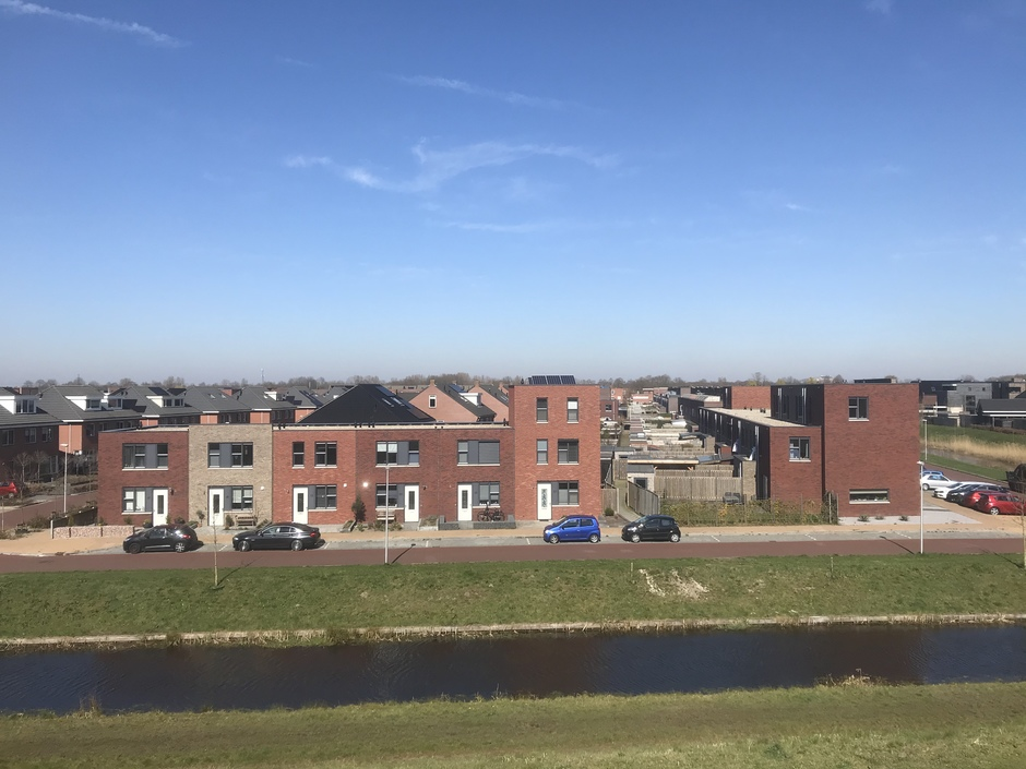 Uitzicht over een woonwijk