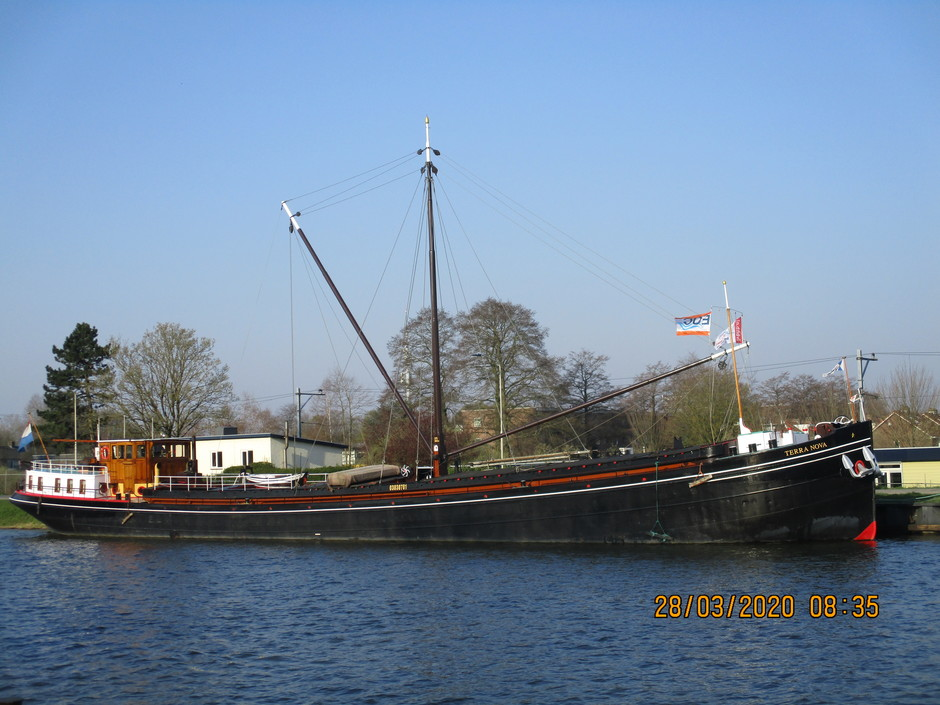 Binnenvaart Merwede kanaal