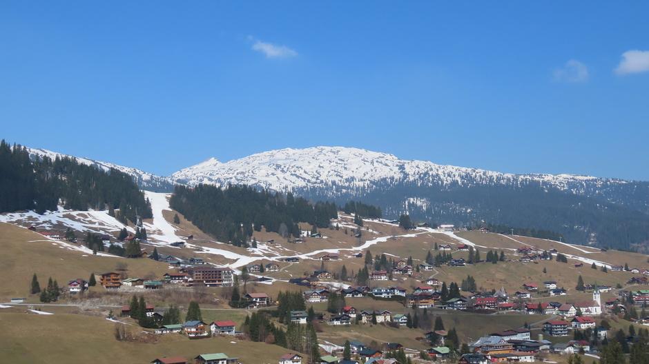 Alpen: morgen sneeuw