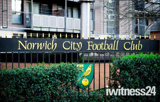 Norwich City Football Club Sign & Badge