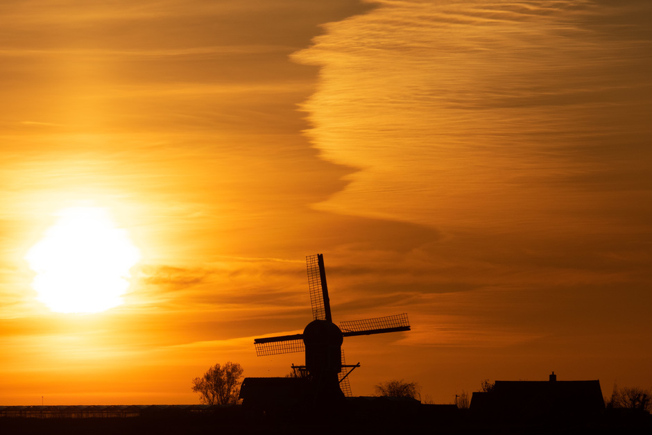 Mooie zonsopkomst en wolkenlucht.