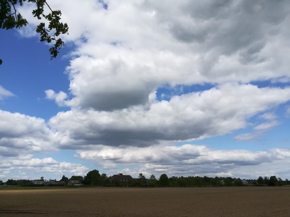 Fris, veel wind en mooie wolkenluchten