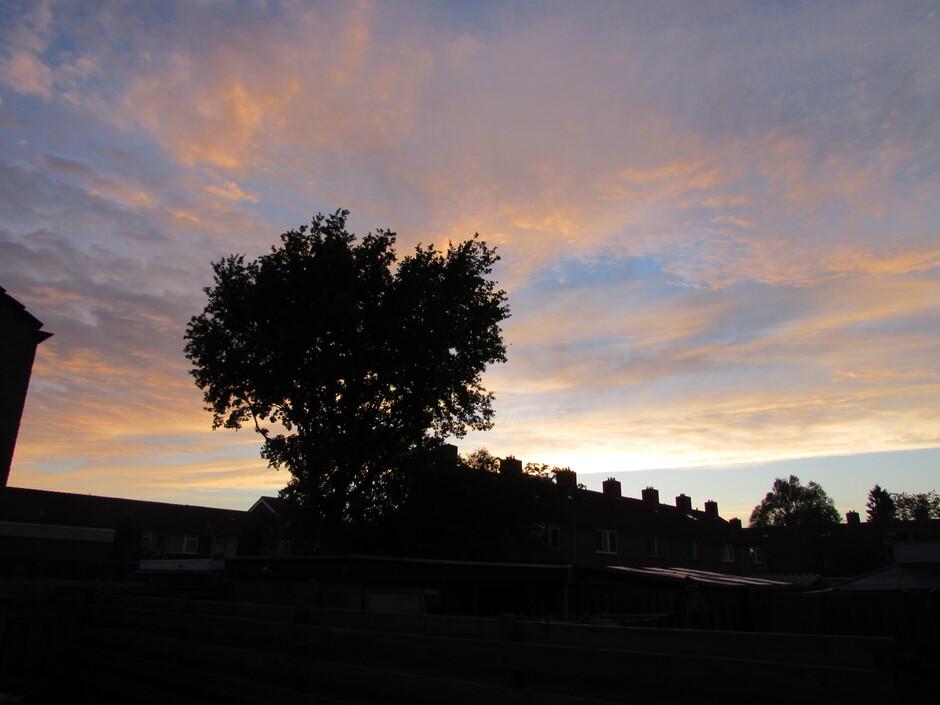 Wolkendek in de avond