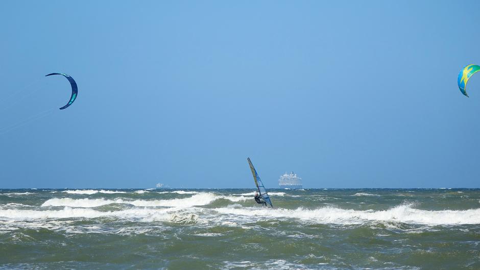 Surfers en Cruiseschip