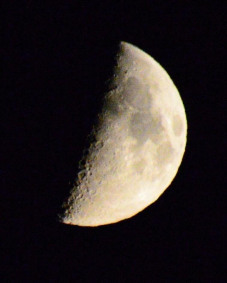 Maan ondergang rond 2uur