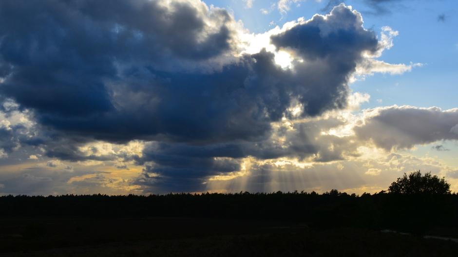 Wolkenstralen.