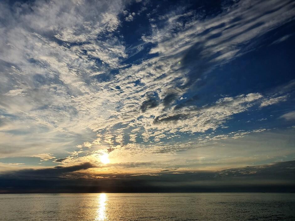 Zonsondergang te Scheveningen 12-06