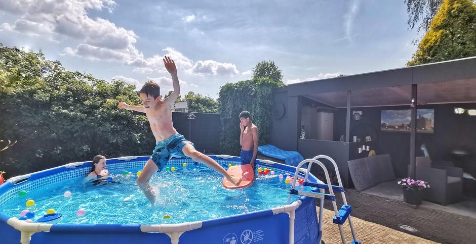 Zwembadweer