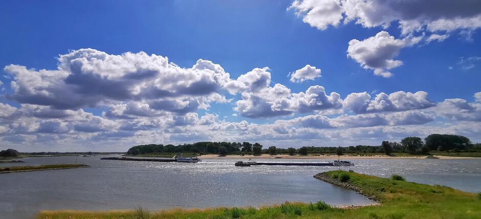 Wolken en blauw